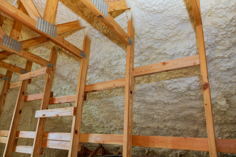 Background polyurethane foam for thermal insulation of walls